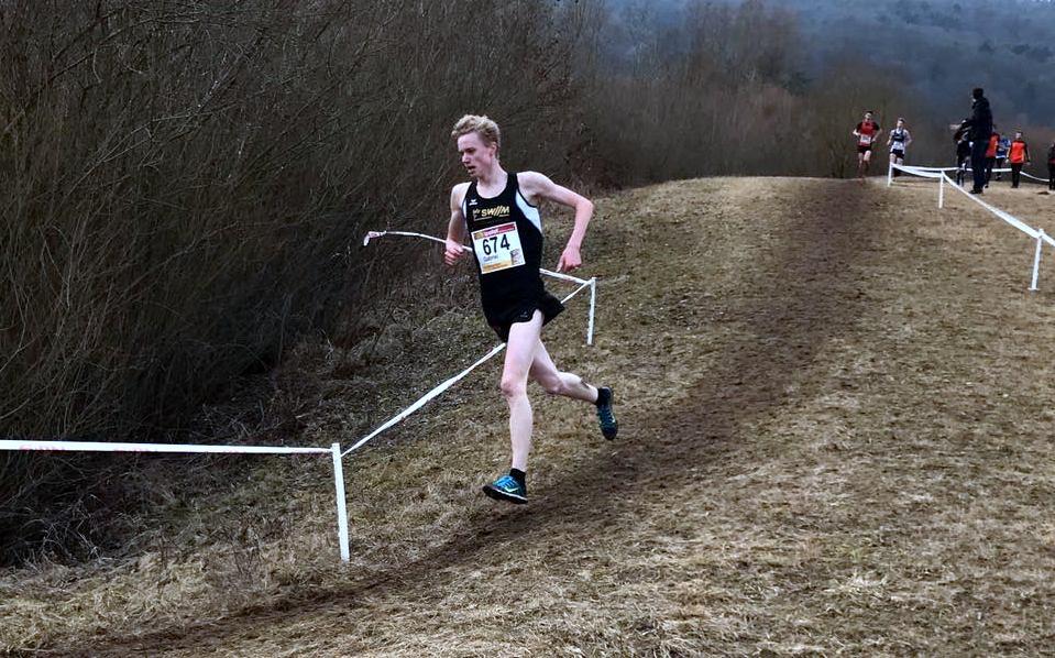 Gabriel Allgayer wird Bayerischer Meister im Crosslauf 2017.