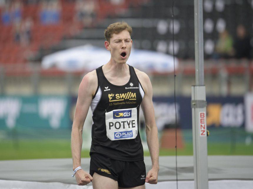 Tobias Potye überspringt 2,27 Meter in Sinn